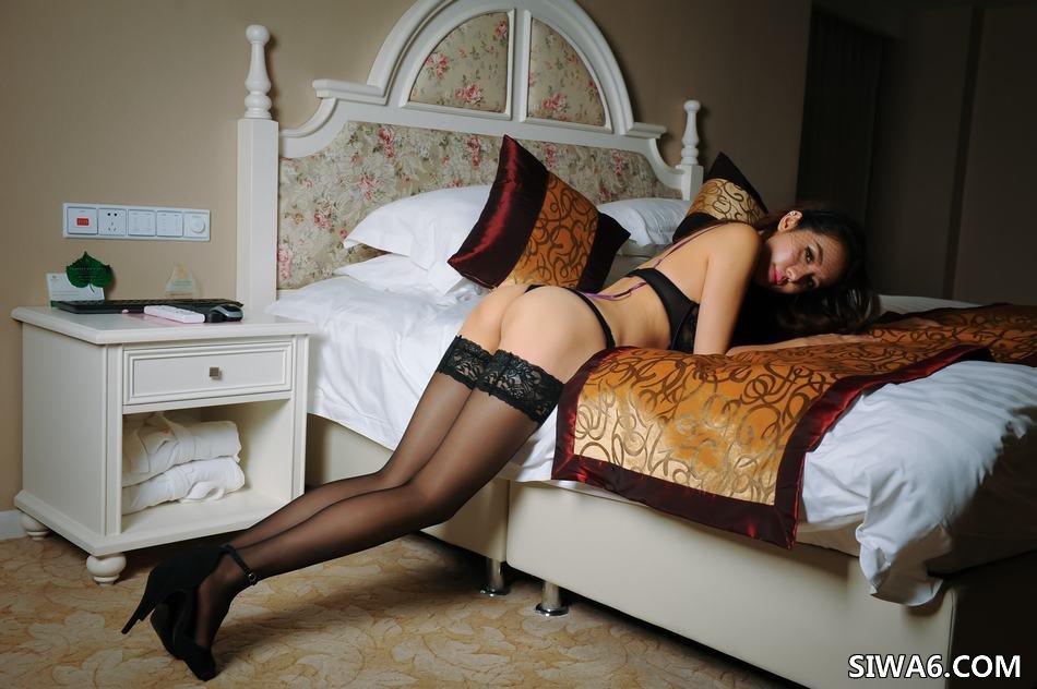 黑丝美女丝袜美腿